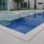 Revestimento cimentício piso e borda sob medida na Linha Lagoinha
